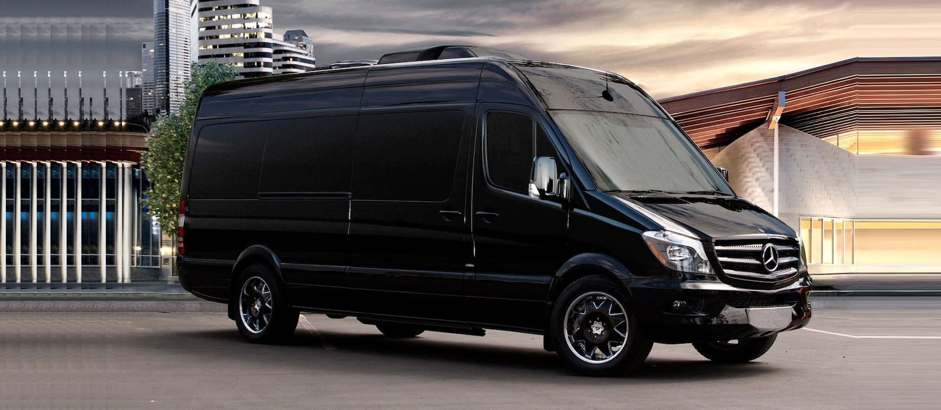 15 Passenger Luxury Van Rental Minneapolis, MN